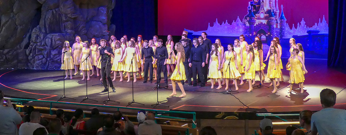 The Pendleton Heights Choir wowed the crowd with their performance on the Videopolis Stage at Disneyland Paris.