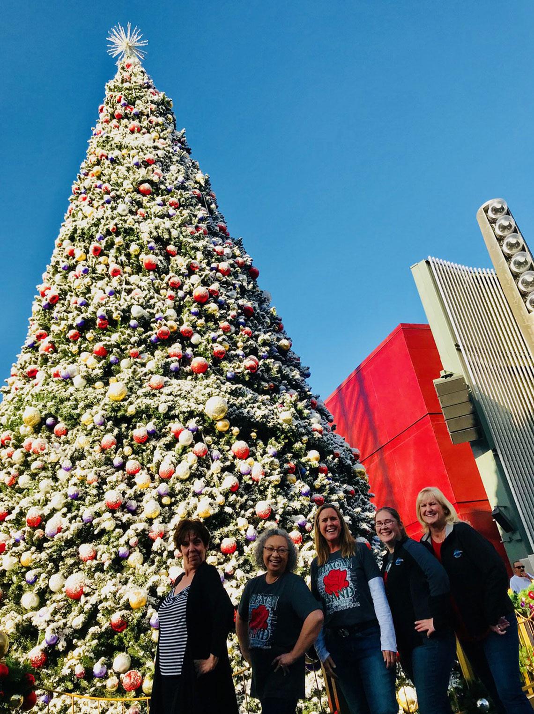 Anne Anderson, Terie Thompson, Nancy Reichmann, Vicky Wielosinski, and Pam Britton at Universal Studios in LA.