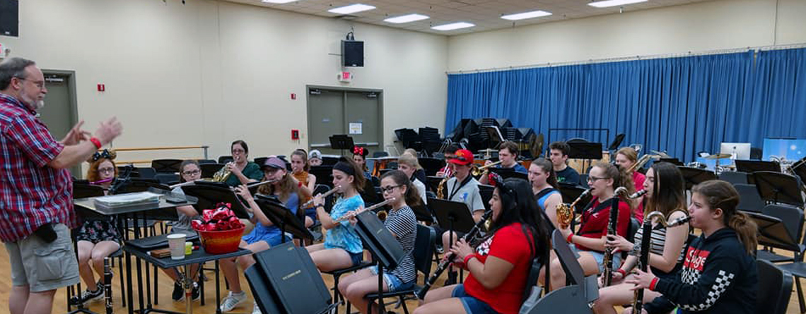 The Sidney High School Band from New York enjoying a Disney workshop.
